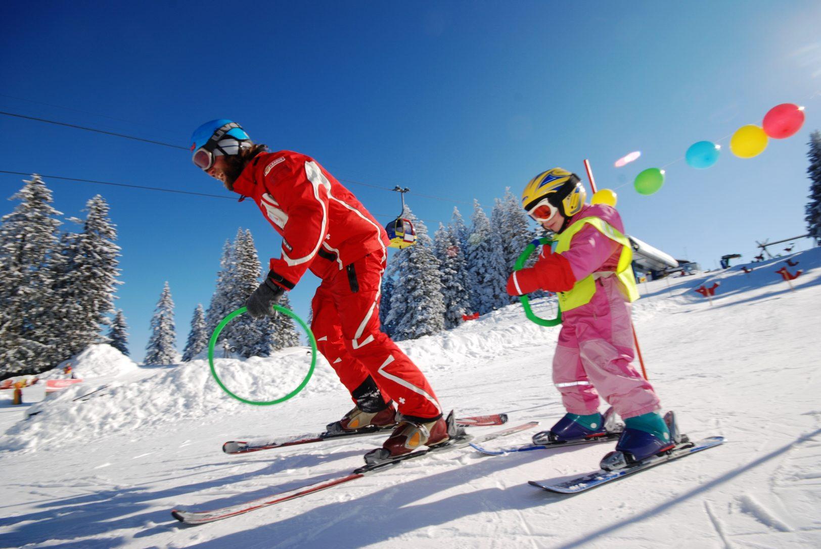 skilehrer_im_kinderland